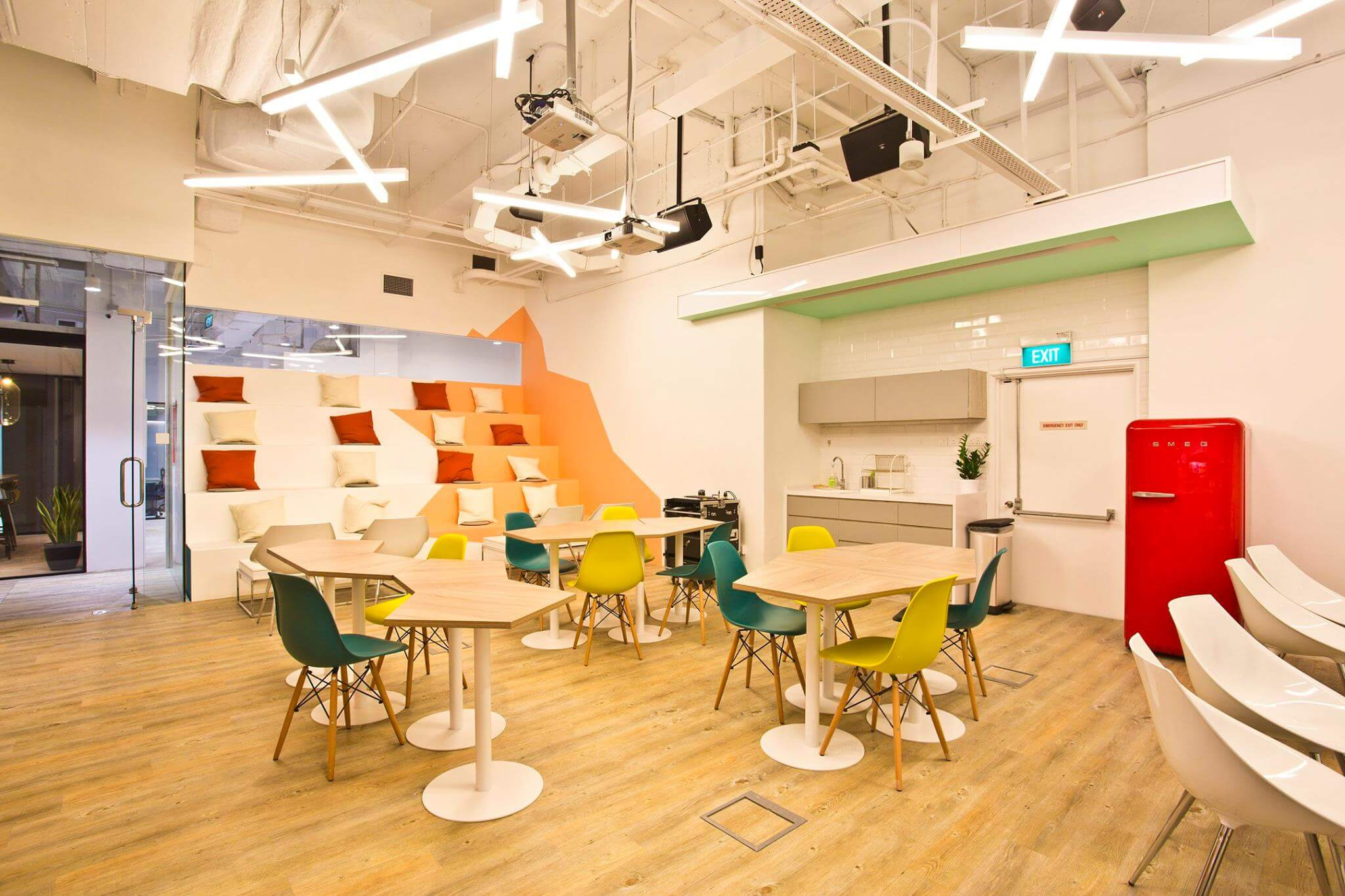 Coworking places Singapore - Spacemob Claymore