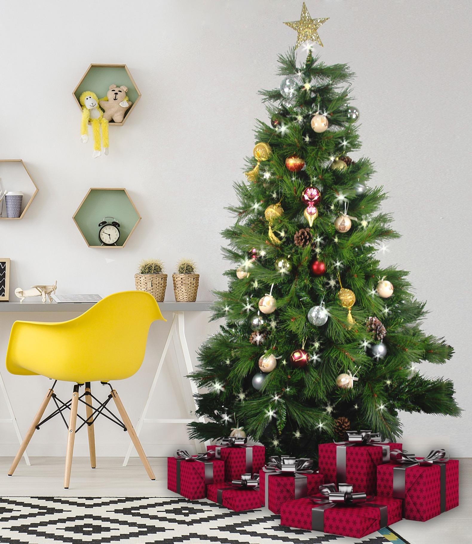 Christmas Giveaway Christmas Tree.jpg