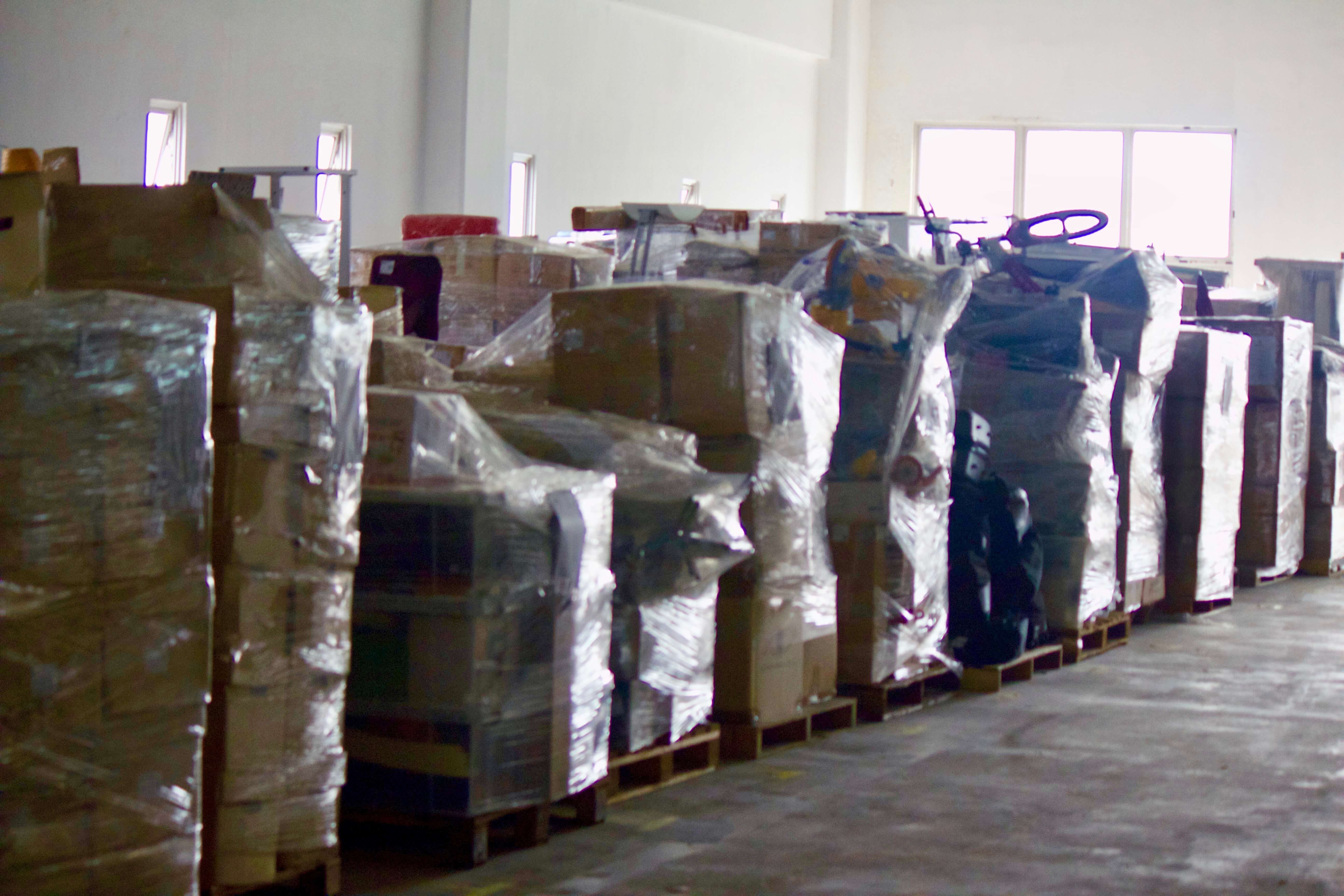 Items stored on individual pallets