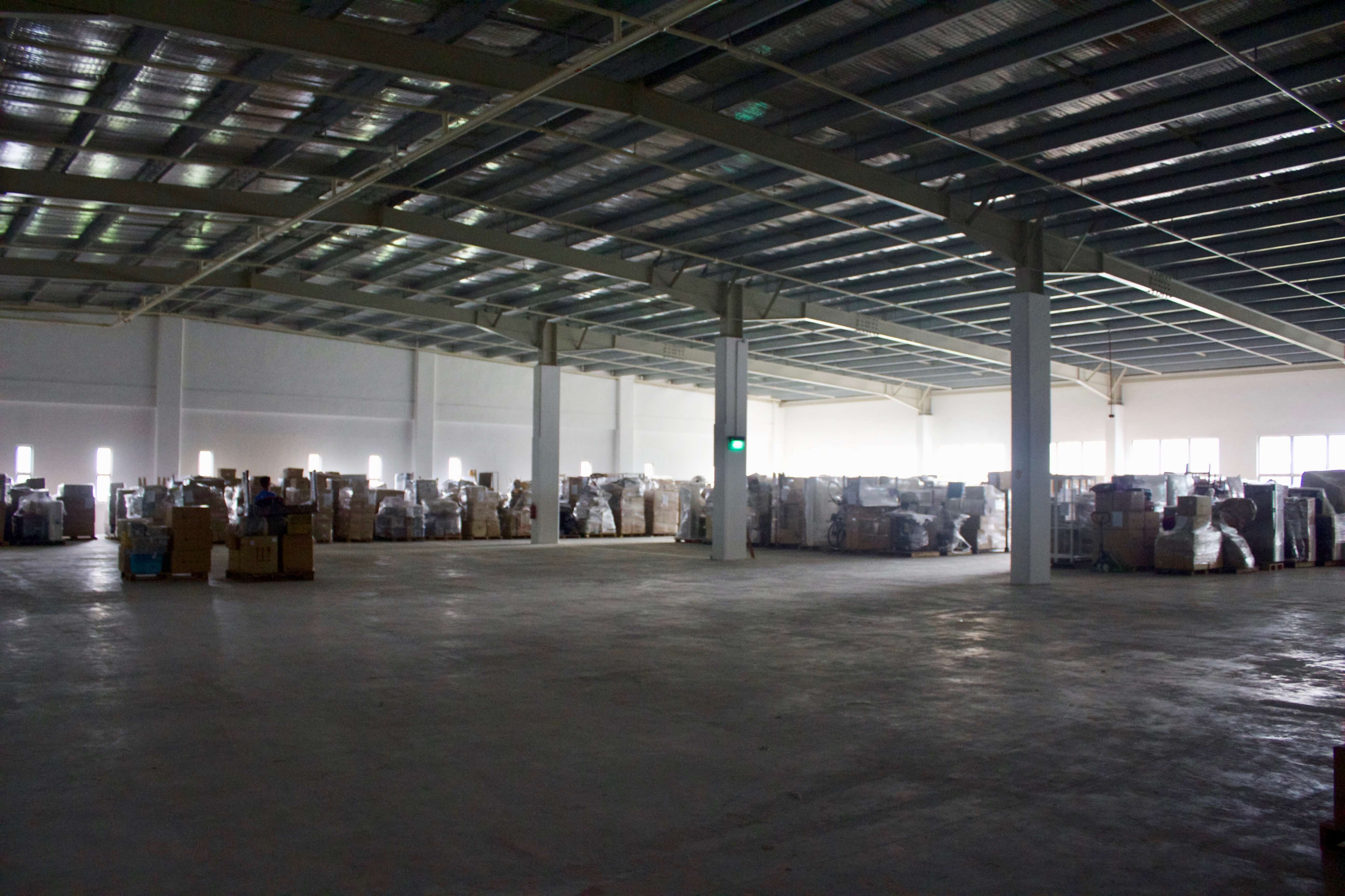 over 30000 sq ft of storage space