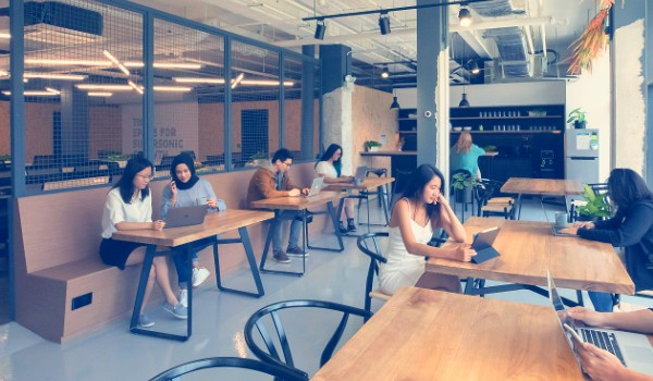 cheap Coworking work spaces for rent in singapore