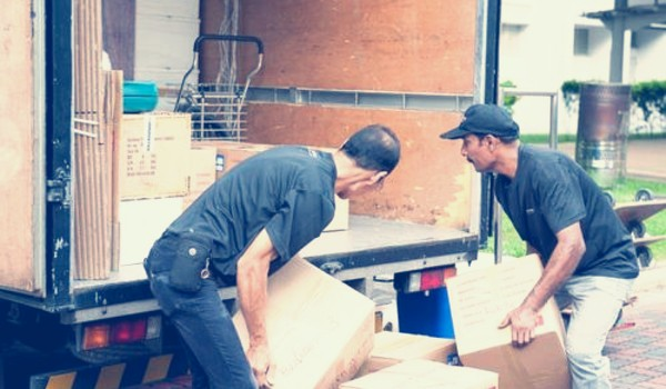 Moving company Burlington
