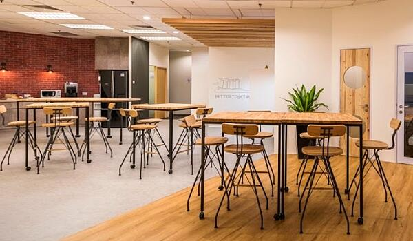crosscoop coworking space for foreign companies SMEs