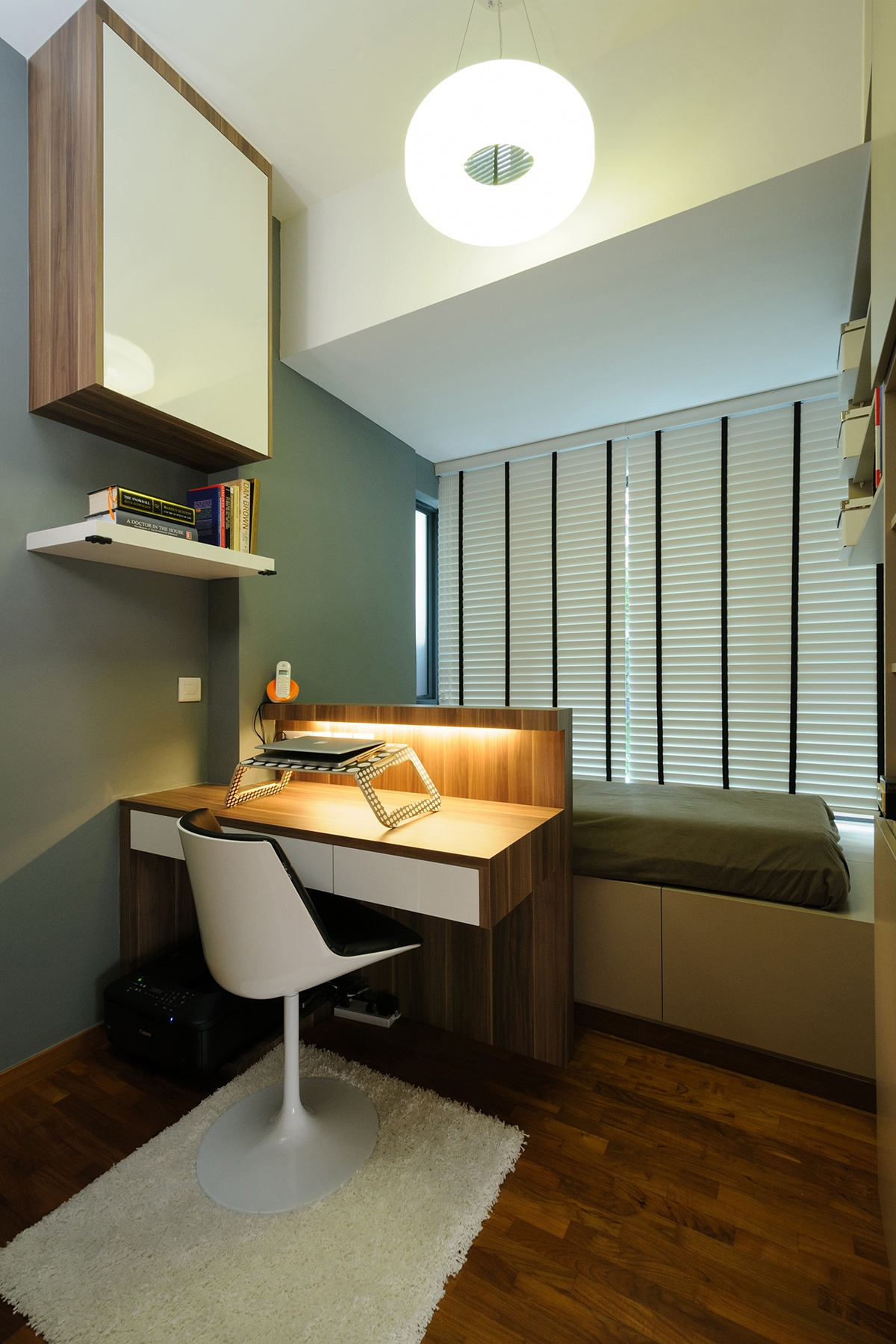 Stunning Singapore Home Office that Could Be Yours